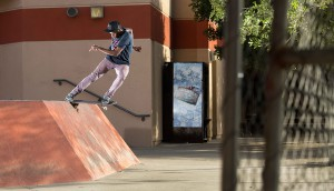 Thal_TailSlide_PhotoCoulthard_0811_for_web
